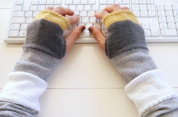 "(122) Stulpen ""simply"" - fingerlose Handschuhe"