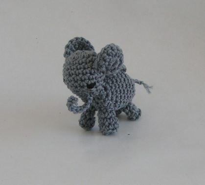 Häkelanleitung Amigurumi Taschenbaumler Elefant