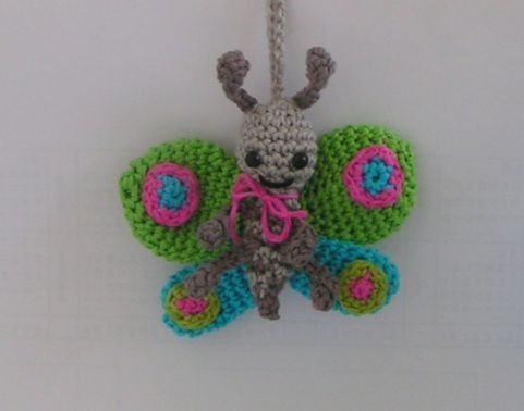 Häkelanleitung Amigurumi Schmetterling Taschenbaumler