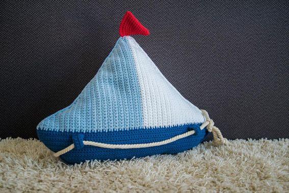 Segelboot-Kissen - Häkelanleitung