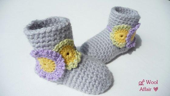 (63) Häkelanleitung für Baby Stiefelchen mit Blumen