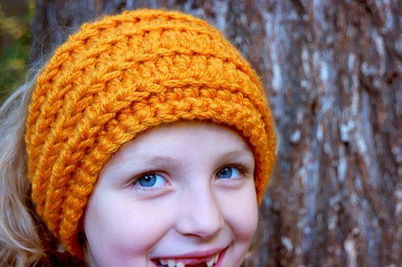 Häkelanleitung für ein Stirnband oder ein Ohrenwärmer