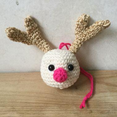 Häkelanleitung Weihnachtskugel Rudolf