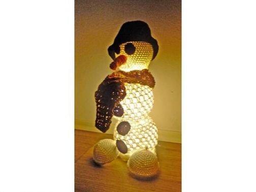Schneemann Lampe zum Häkeln - tolle Deko