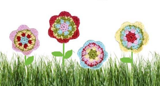 Häkelanleitung: Blumen-Applikation (ca.6 cm groß)