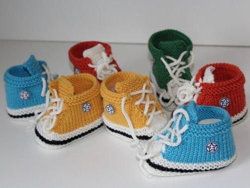 Strickanleitung Baby-Turnschuhe, Chucks, Baby-Booties