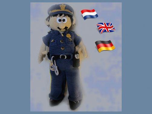 Polizist  Mike PDF Häkelanleitung Puppe