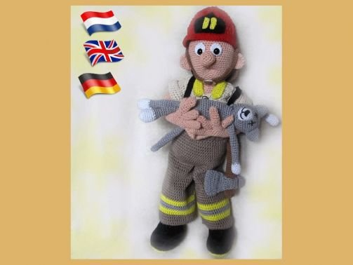 Feuerwehrmann Tom PDF Häkelanleitung  Puppe