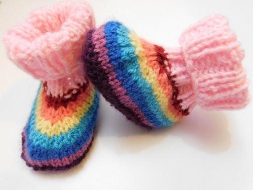 Strickanleitung Rainbow Schühchen