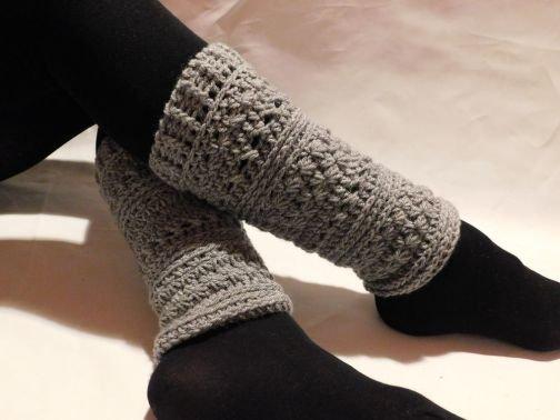 Häkelanleitung Damen Beinstulpen mit Sternchenmuster