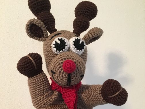 Rudolph - The Red Nosed Elch...