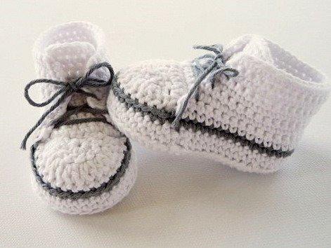 Woolaffair Häkelanleitung Babyschuhe Babyturnschuh No76