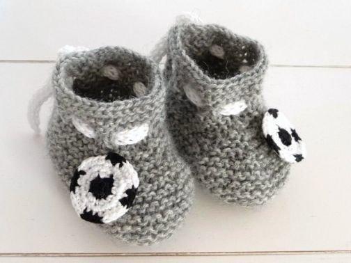 Strickanleitung für Babyschuhe - Fußball-Schuhe- No.13