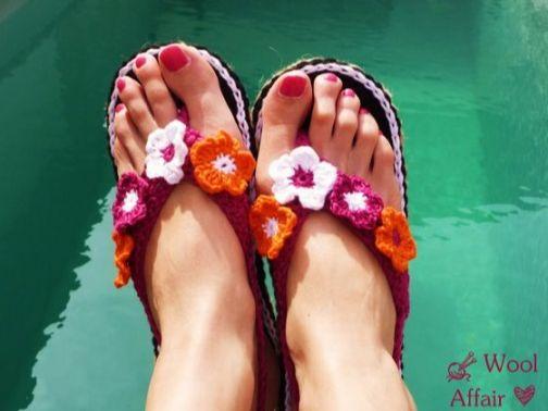 Häkelanleitung Schuhe häkeln - Zehensteg Sandalen mit Blüten