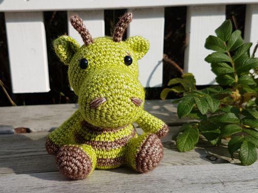 kuschelig & bunt: Dino Hörnchen
