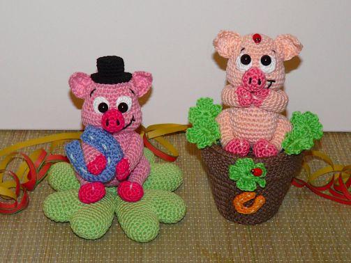 Häkelanleitung Glücksschweine