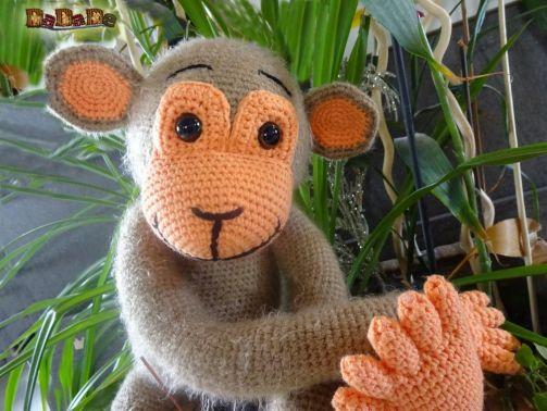 Schlenker-Affe  Monki, Häkelanleitung von DaDaDe