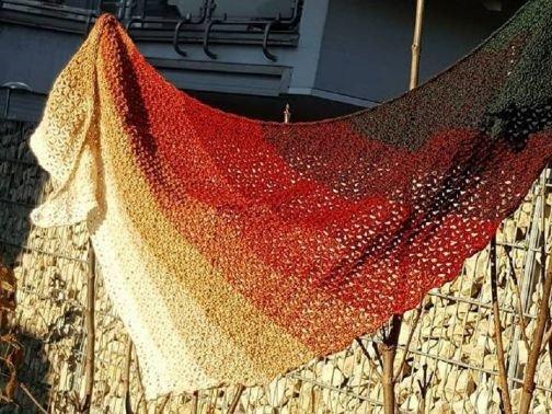 Häkelanleitung Tuch Weihnachtsmarkt