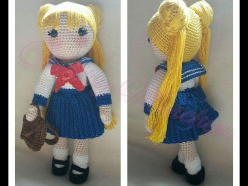 Lola Locken-Kopf *Schoolgirl*