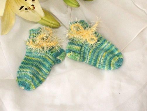 Strickanleitung Baby-Sneaker-Socken, Babysocken