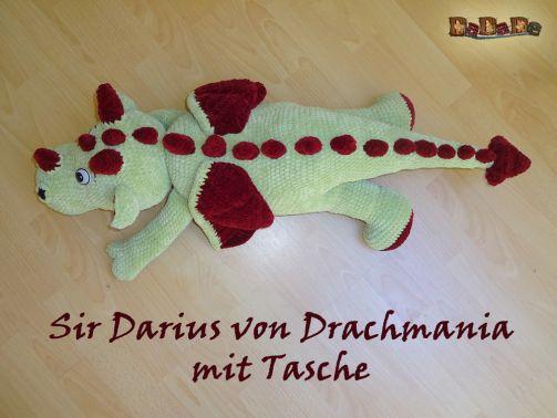 Kuschel- Drache Sir Darius – gehäkelt von Dadade