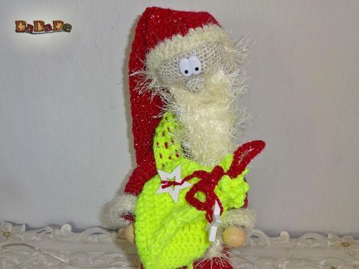 Der arme Nikolaus hat Halsweh, die beleuchtete Deko