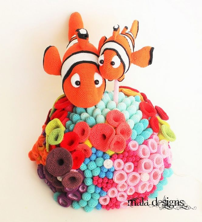 mala designs - Clownfische mit Riff | MyBoshi.net