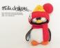 kleiner Pinguin mit Bommelmütze