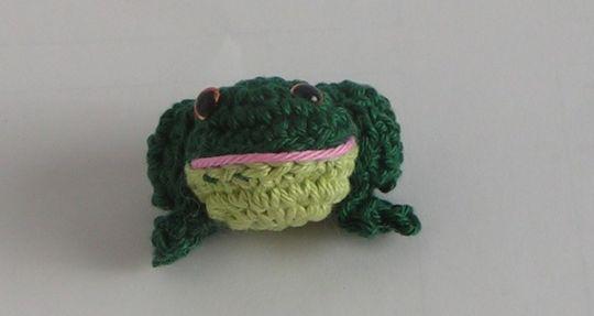 Häkelanleitung Amigurumi Taschenbaumler Frosch