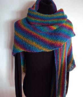 Regenbogentuch Dreiecktuch aus Sockenwolle