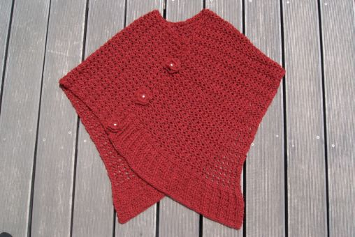 Poncho RED FLOWERS