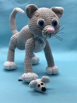 Minino, die kleine Katze