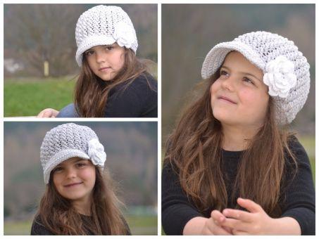 ++ TIA ++ Newsgirl Hat mit Blume,  Ballonmütze, Dachmütze