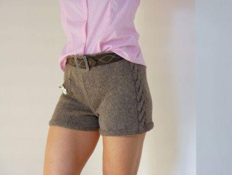 Strickanleitung - TRACHTEN Shorts - Wiesn Outfit