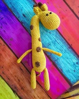 Häkelanleitung Yvy, die Giraffe