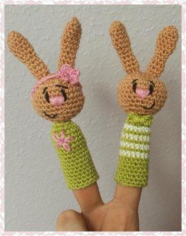 Mary und Max als Hasen Fingerpuppe ....