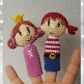 Prinzessin und Pira als Fingerpuppe ....