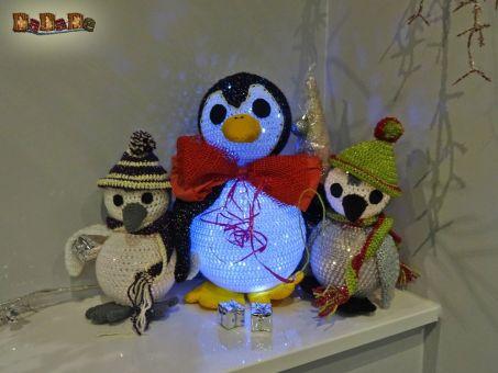 Pinguin Papa mit Kinder, die beleuchtete Dekoration