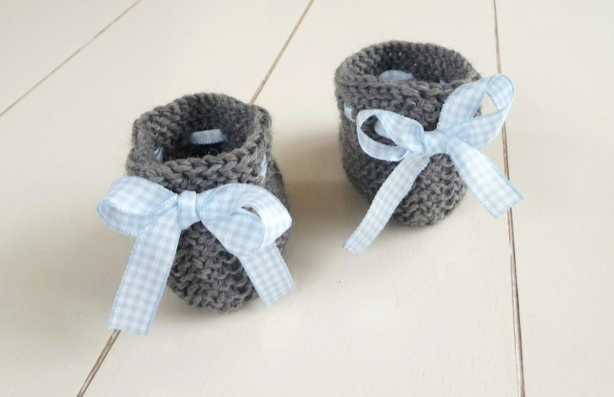 gestrickte babyschuhe als pdf anleitung f r anf nger. Black Bedroom Furniture Sets. Home Design Ideas