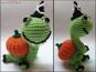 Schildkröte Lorchen im Halloween-Kostüm – Häkelanleitung