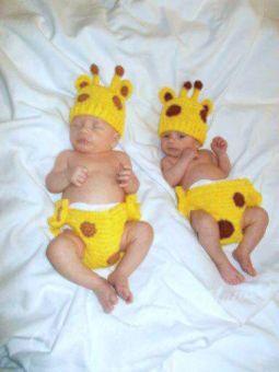 "Häkelanleitung: ""neugierige Giraffe""  2 Größen"