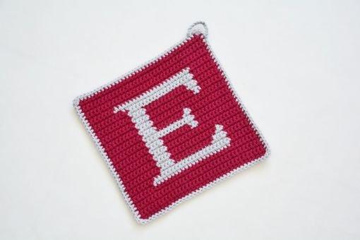 Topflappen Häkelanleitung Buchstabe E