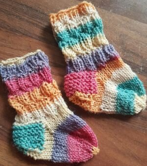 Babysocken stricken, Pippilotta