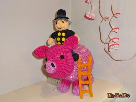 das beleuchtete Schwein mit Schornsteinfeger, Silvester-Deko