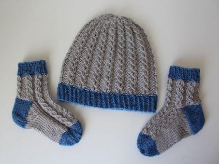 Strickanleitung Baby-Set, Mütze und Socken, 3 - 10 Monate