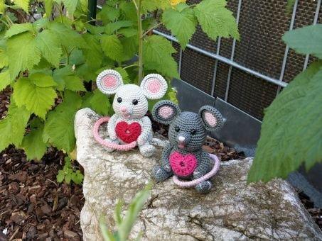 "Häkelanleitung Glücksbringer Maus ""Krümmel und Bommel"""