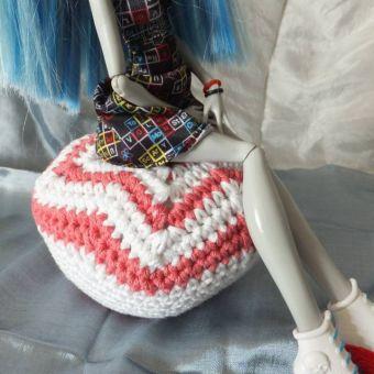 Sitzsack für Puppen - schickes Nadelkissen - Häkelanleitung