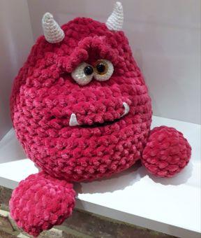 DIY-Anleitung: Amigurumi-Monster selbst häkeln, kleine Monster für ... | 340x288