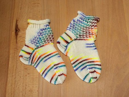 Strickanleitung Babysöckchen, Babysocken
