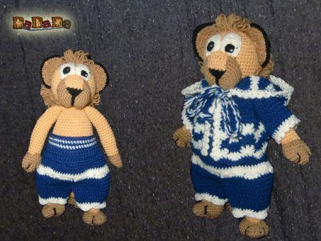 Löwen Lionel mit verschiedener Kleidung,  von DaDaDe